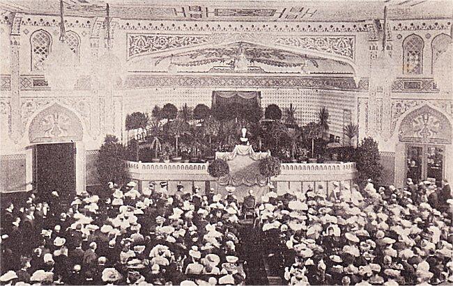 Koloniudstillingen aabnes. I Tivolis Koncertsal under Præsidentens Tale.